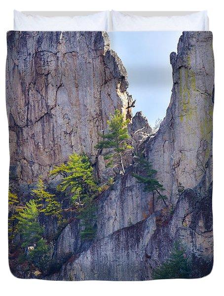 Close-up Of Seneca Rocks Top Edge Duvet Cover