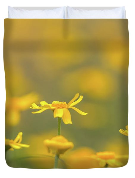 Close Up Of Yellow Flower With Blur Background Duvet Cover