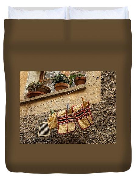 Clothesline In Biot Duvet Cover