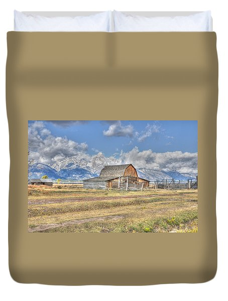 Clouds And Barn Duvet Cover