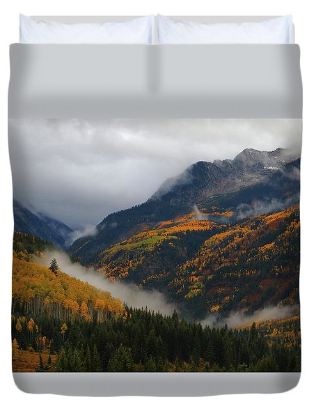 Clouds And Fog Encompass Autumn At Mcclure Pass In Colorado Duvet Cover