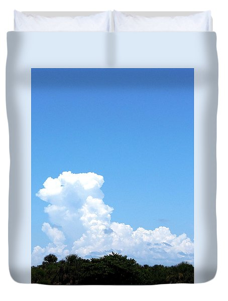 Duvet Cover featuring the photograph Clouds At Honeymoon Island 001 by Chris Mercer