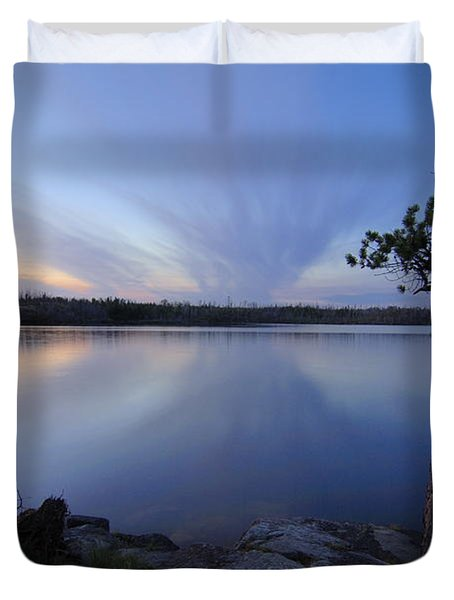 Clouds At Sunset On Seagull Lake Duvet Cover by Larry Ricker