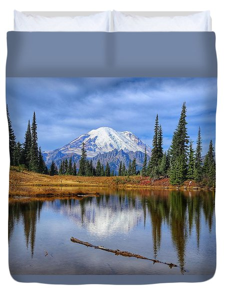 Clouds In The Morning Duvet Cover by Lynn Hopwood