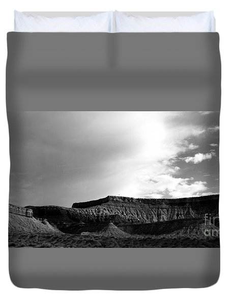 Clouds  Over The Mesa Duvet Cover
