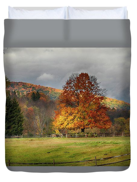 Clouds Part Over Marsh Billings-rockefeller Nhp Duvet Cover