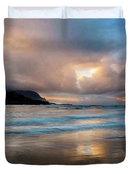Cloudy Sunset At Hanalei Bay Duvet Cover