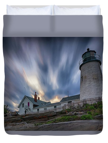 Cloudy Sunset At Pemaquid Point Duvet Cover
