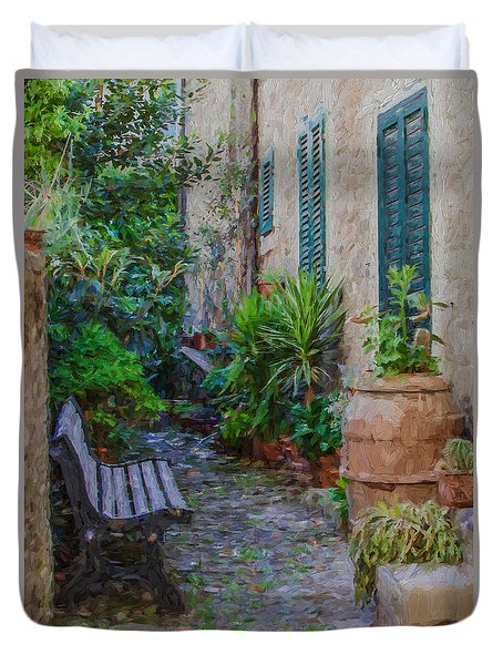Cobblestone Courtyard Of Tuscany Duvet Cover