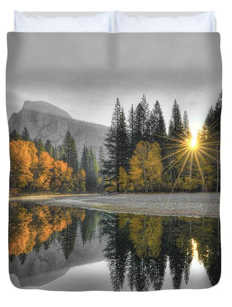 Cold Yosemite Reflections Duvet Cover