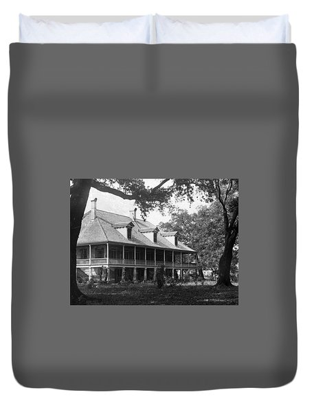 Colonial Home Duvet Cover