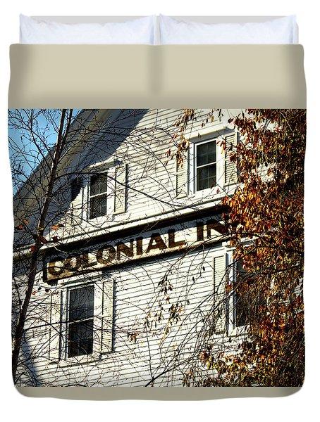 Colonial Inn Duvet Cover