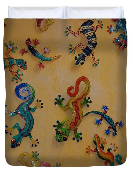 Color Lizards On The Wall Duvet Cover by Rob Hans