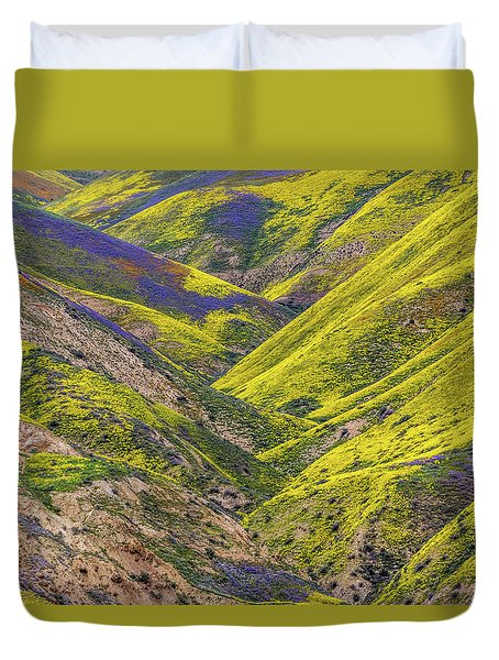 Duvet Cover featuring the photograph Color Valley by Peter Tellone