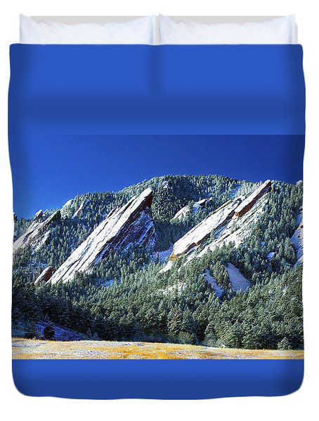 All Fivecolorado Flatirons Duvet Cover by Marilyn Hunt