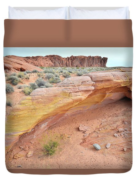 Duvet Cover featuring the photograph Colorful Arch In Valley Of Fire by Ray Mathis