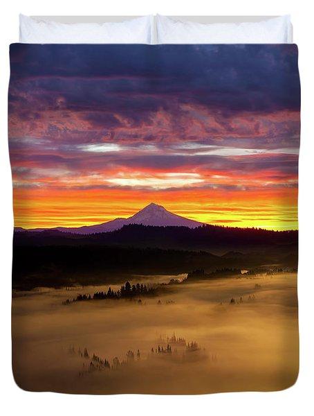 Colorful Foggy Sunrise Over Sandy River Valley Duvet Cover