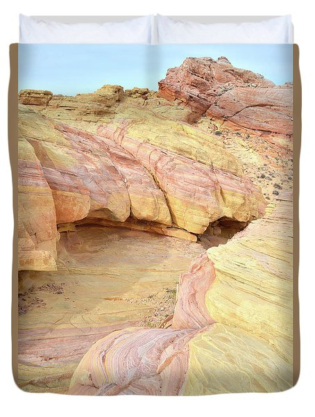 Duvet Cover featuring the photograph Colorful Hilltop In Valley Of Fire by Ray Mathis