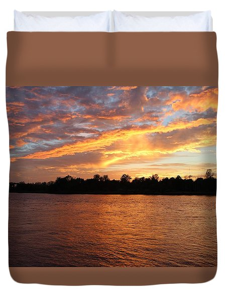 Duvet Cover featuring the photograph Colorful Sky At Sunset by Cynthia Guinn