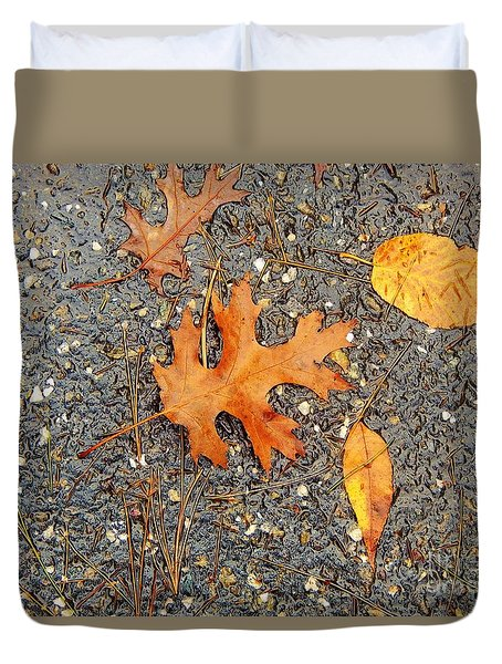 Colors Of Autumn In Montreal Duvet Cover by Reb Frost