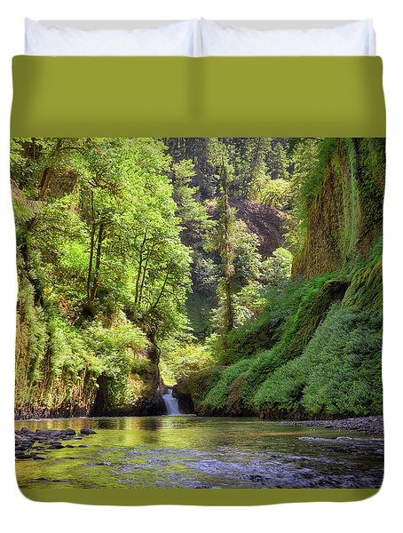 Columbia Gorge Waterfall In Summer Duvet Cover