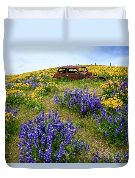 Columbia Hills Wildflowers Duvet Cover