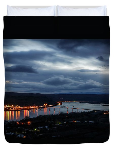 Duvet Cover featuring the photograph Columbia River by Cat Connor