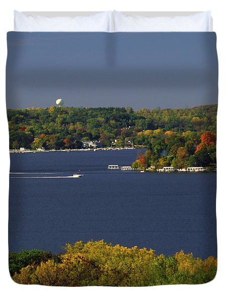 Coming And Going - Lake Geneva Wisconsin Duvet Cover