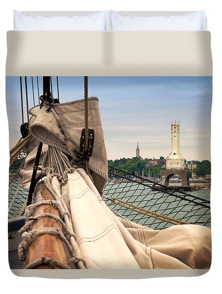 Coming Home Duvet Cover