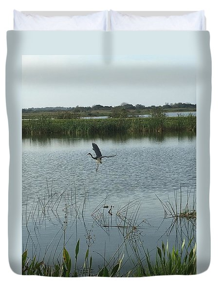 Coming In For A Landing Duvet Cover by Kay Gilley