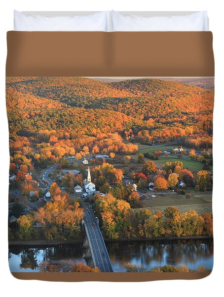 Connecticut Valley Hills And Sunderland Fall Foliage Duvet Cover