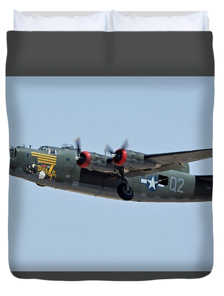 Consolidated B-24j Liberator N224j Witchcraft Phoenix-mesa Gateway Airport Arizona April 15 2016 Duvet Cover by Brian Lockett