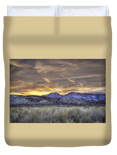 Contrails And Sage Brush Duvet Cover