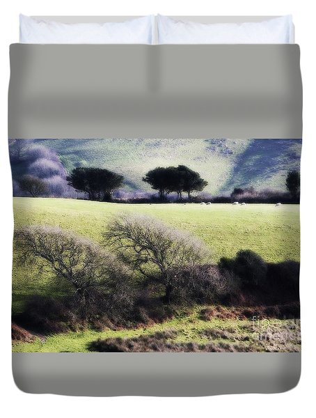Contrast Of Trees Duvet Cover