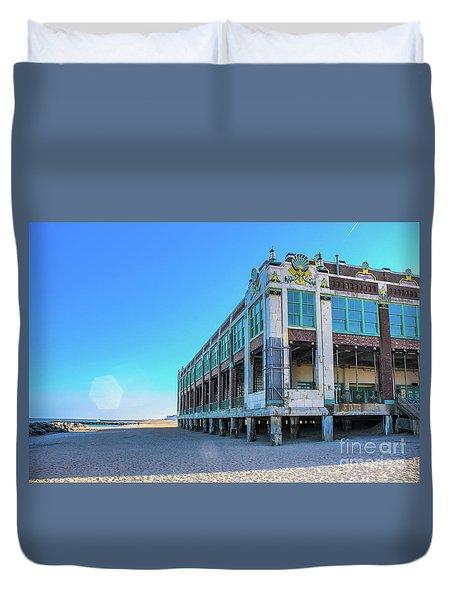 Convention Hall Beachside - Asbury Park Duvet Cover