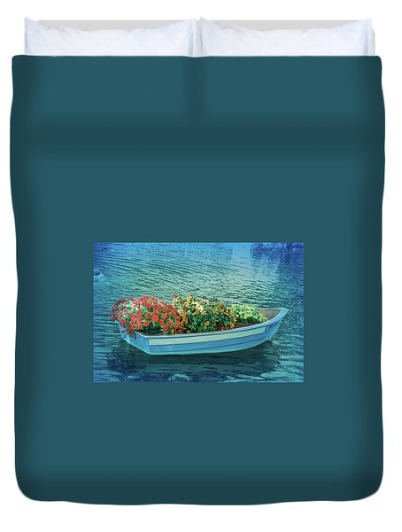 Duvet Cover featuring the photograph Cool Blue Boat Parade by Aimee L Maher Photography and Art Visit ALMGallerydotcom