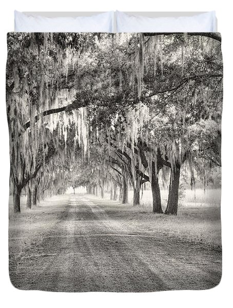 Coosaw Plantation Avenue Of Oaks Duvet Cover
