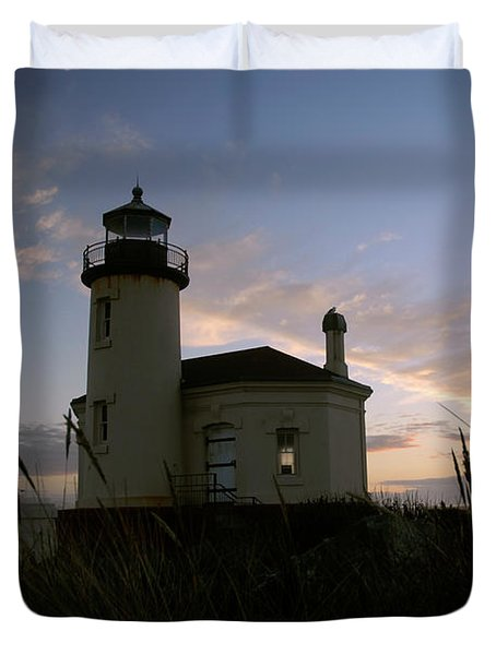 Coquille River Lighthouse At Sunset Duvet Cover