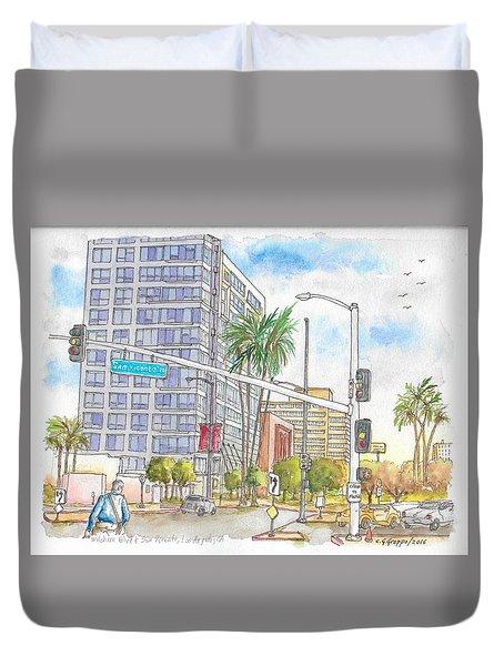Corner Wilshire Blvd. And San Vicente Blvd, Los Angeles, Ca Duvet Cover