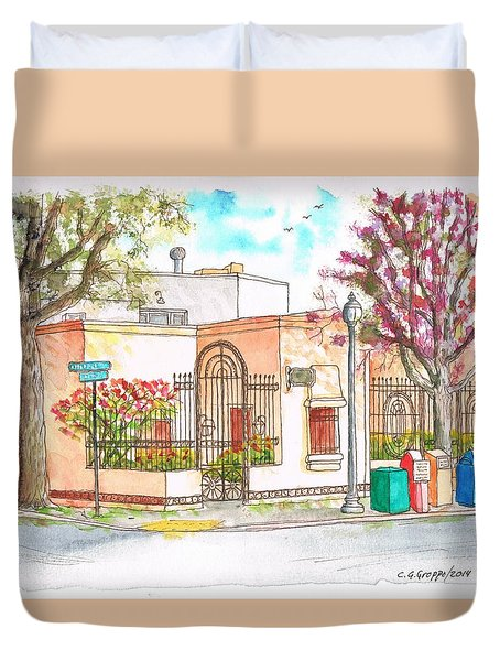 Corner With Bougainvillas In San Luis Obispo, California Duvet Cover