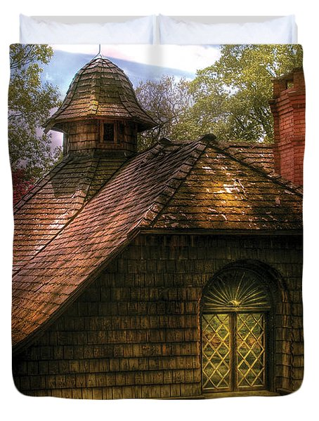 Cottage - Sweet Old Lady House Duvet Cover by Mike Savad