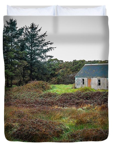 Cottage In The Irish Countryside Duvet Cover
