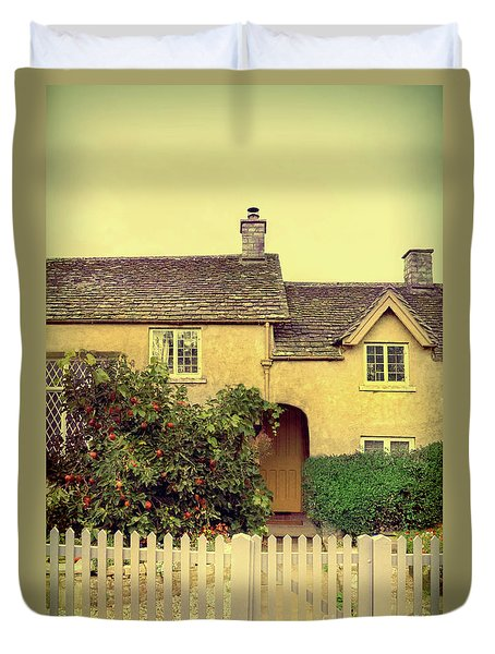 Cottage With A Picket Fence Duvet Cover by Jill Battaglia