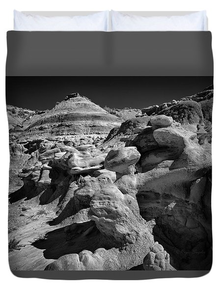 Cottonwood Creek Strange Rocks 6 Bw Duvet Cover