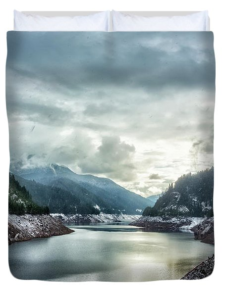 Cougar Reservoir On A Snowy Day Duvet Cover