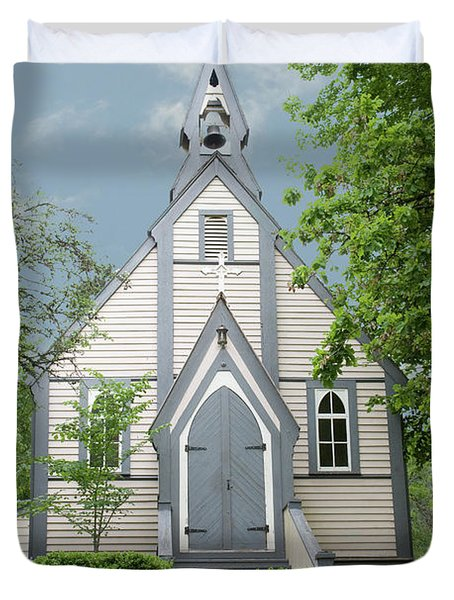 Duvet Cover featuring the photograph Country Church by Rod Wiens