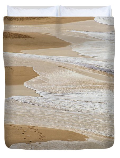 Couple Walking Makena Beach Duvet Cover