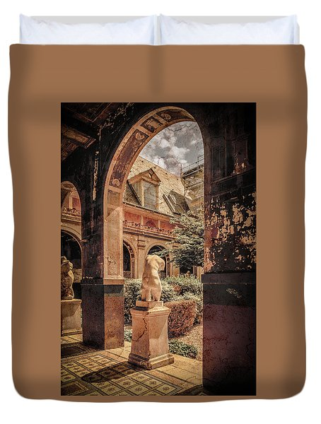 Paris, France - Courtyard East - L'ecole Des Beaux-arts Duvet Cover