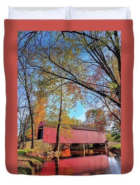 Covered Bridge In Maryland In Autumn Duvet Cover