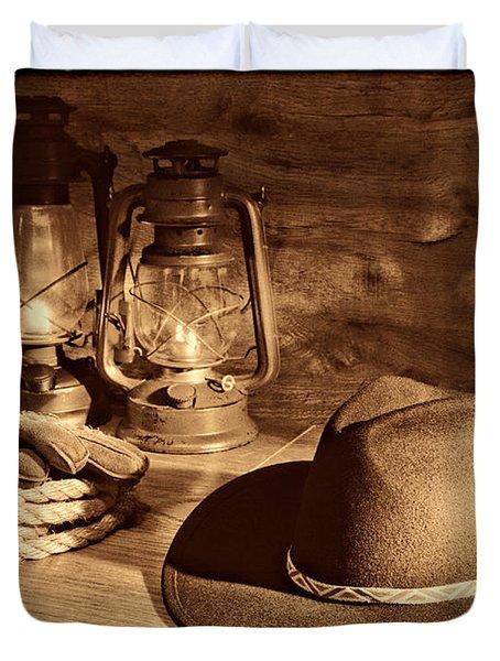 Cowboy Hat And Kerosene Lanterns Duvet Cover